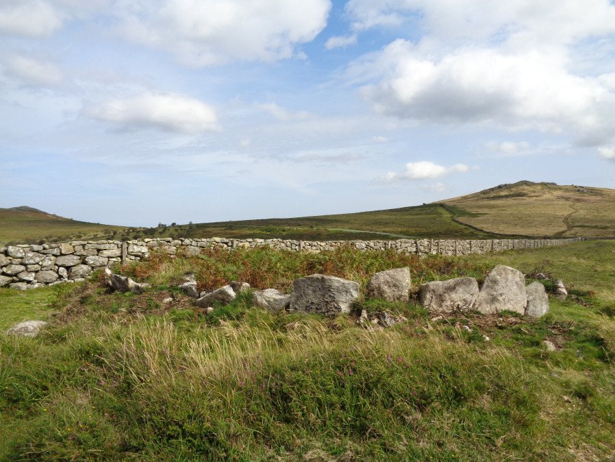 Seven Lords' Lands Encircled Cairn