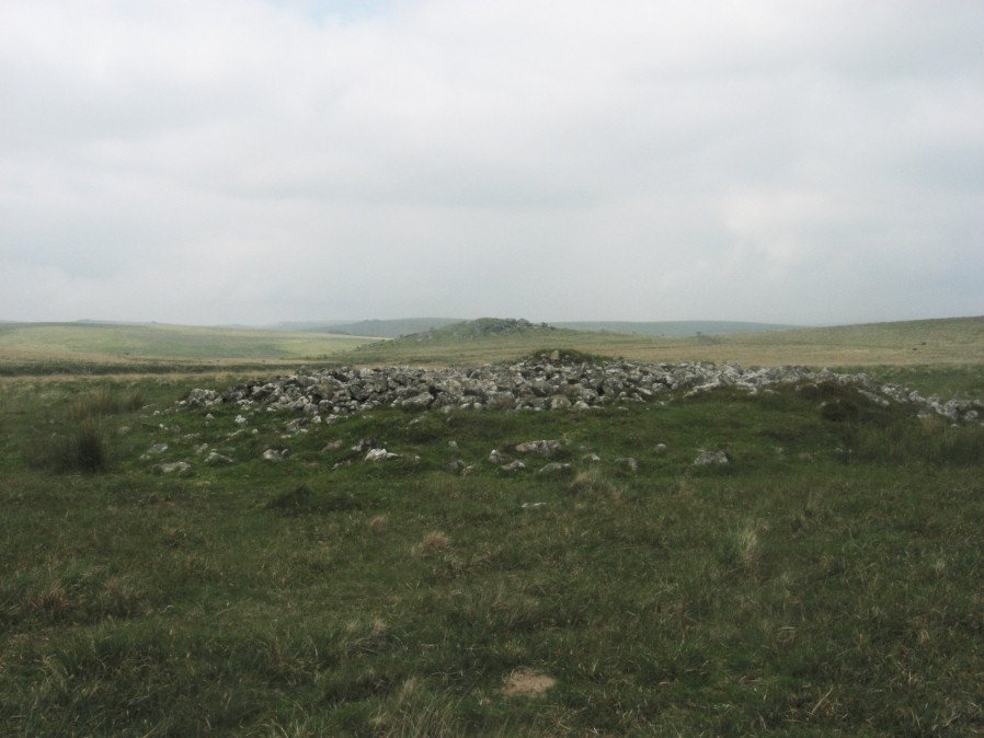 Hingston Hill Chambered Cairn